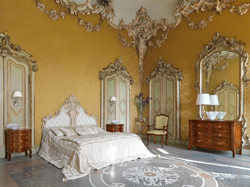 Bedrooms furnishing contract hotels luxury furnishing for Interni di ville classiche